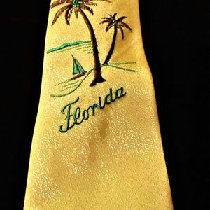 """VTG 40'S YELLOW EMBROIDERED """"FLORIDA"""" TIE"""